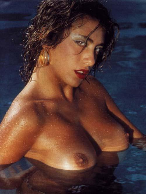 sabrina-boys-nud-breastfeeding-lesbians-xxx
